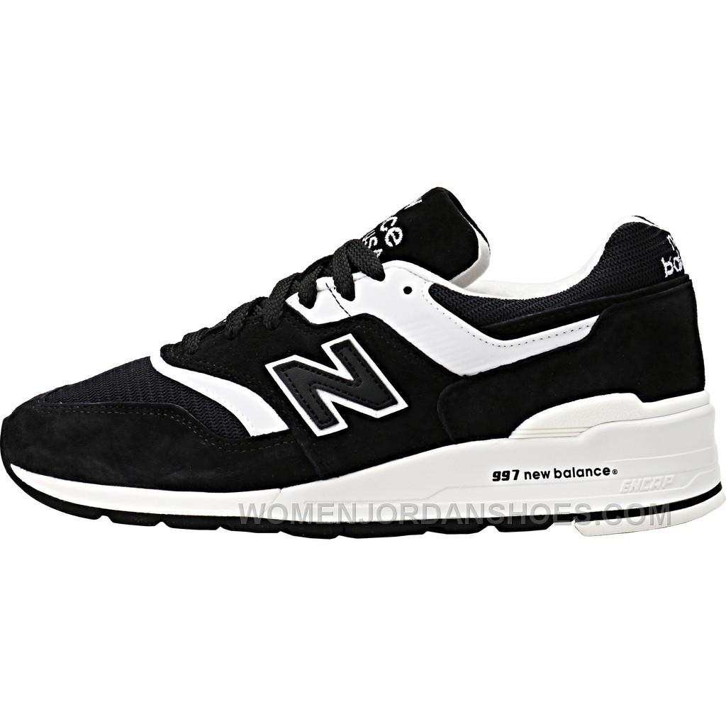 New Balance Walking Shoes Provide the Perfect Stride High-quality footwear is essential for any fitness enthusiast, regardless of intensity level. New Balance shoes can help you perform at your peak and avoid the repetitive stress injuries that often go hand-in-hand with low-quality shoes.