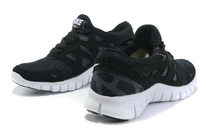 nike free run 2 gs zwart